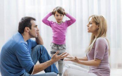 Creer que tus hijos son perfectos, y otros errores comunes en la paternidad