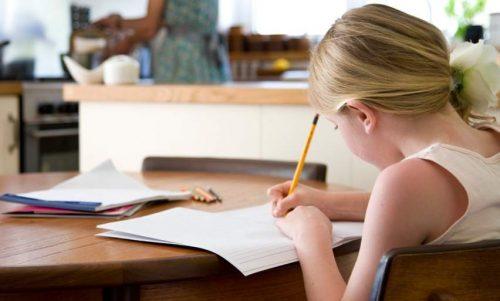 Homeschooling: ¿es necesario que tus hijos vayan a la escuela?