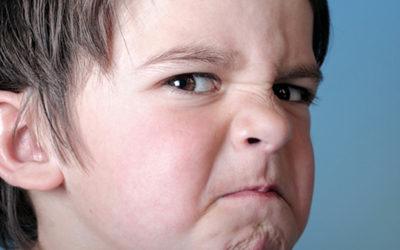 ¿Por qué algunos niños son agresivos?