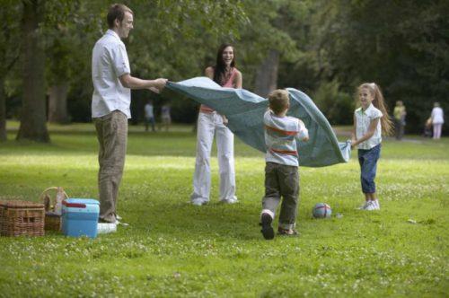 La mayor felicidad de los niños está en su familia