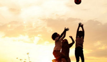 5 claves para la felicidad de un niño, según la ciencia