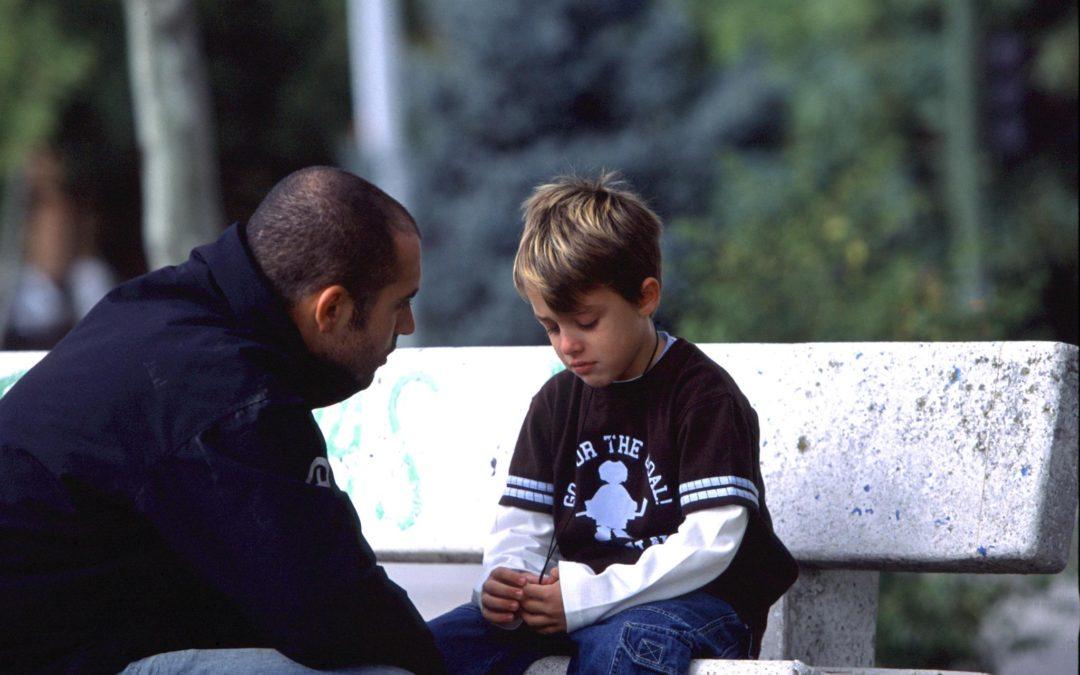 """Cuando le pase algo a tu hijo, no le digas """"no pasa nada"""""""