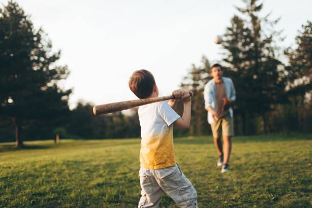 La mayoría de los papás no juegan con sus hijos